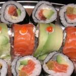Sushi roller z Awokado zbliżenie