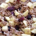 Farsz z ryżu, jabłek i zurawiny kandyzowanej do kaczki z cynamonem