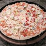 Pizza 4 sery gotowa do pieczenia