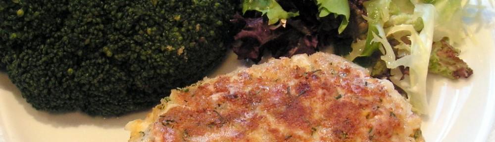 Koltet z jaj gotowanych na twardo z brokułem i sałatą