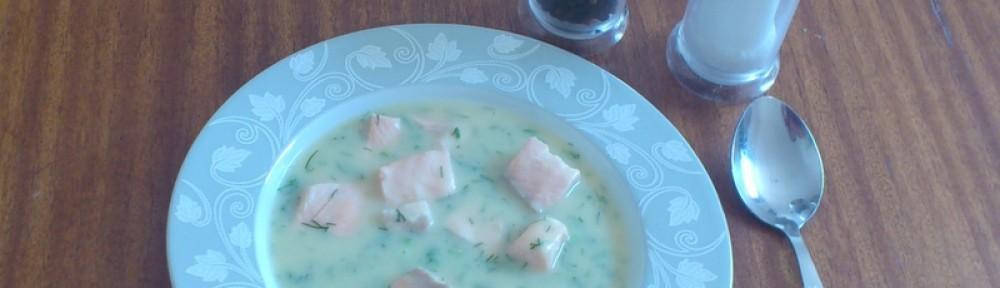 Zupa z łososia koperkowa