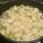 Zupa z porów kremnastawiona do gotowania