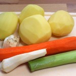 Włoszczyzna i ziemniaki do kapuśniaku