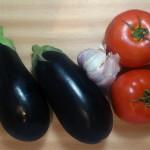 Bakłażany, czosnek, pomidory