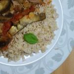 Ryż razowy, brązowy z sosem